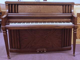 Piano Wurlitzer Modell 3000 Rustikal